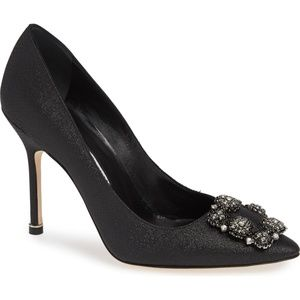 NEW Manolo Blahnik 'Hangisi' Ornamented Pump